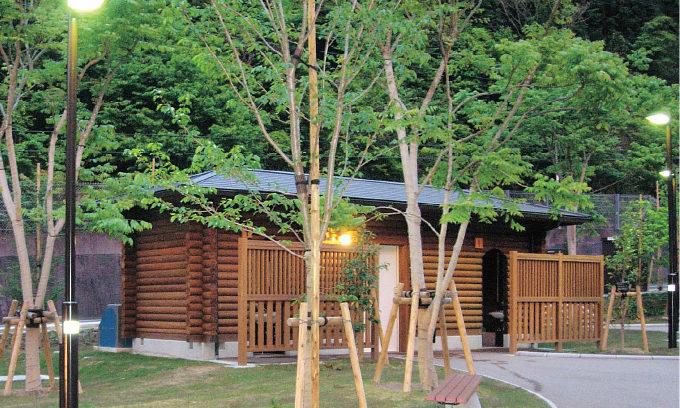 Toilet at Arashizaka pocket park